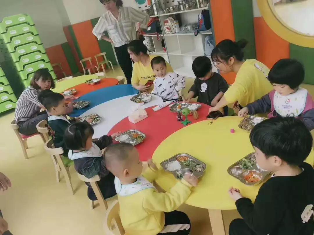 壹号贝贝:给孩?#20248;?#24471;上的更好的教育
