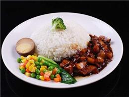 下班去哪里吃飯?壹大碗鹵肉飯豐富的種類滿足你的味蕾