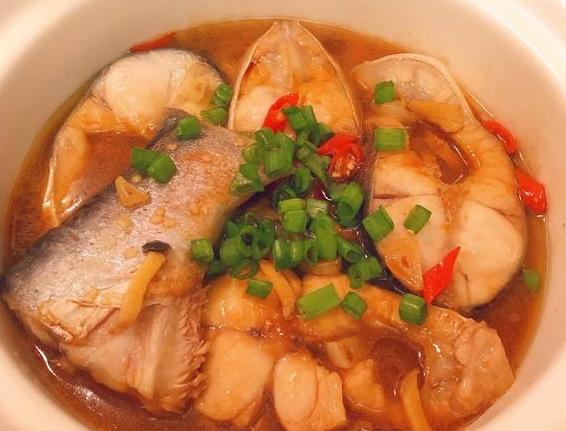 巧仙婆砂鍋燜魚飯加盟